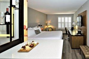 Room - Hotel Indigo Napa Valley