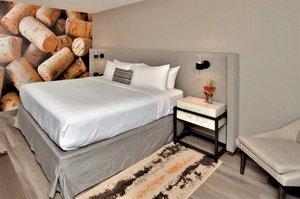 Suite - Hotel Indigo Napa Valley