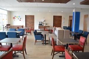 Restaurant - Holiday Inn Express Hotel & Suites Northeast University Charlotte