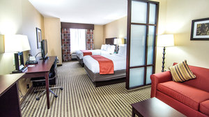 Room - Holiday Inn Express Hotel & Suites Elkton
