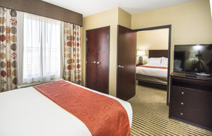 Suite - Holiday Inn Express Hotel & Suites Elkton
