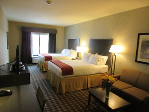 Room - Holiday Inn Express Hotel & Suites Butler