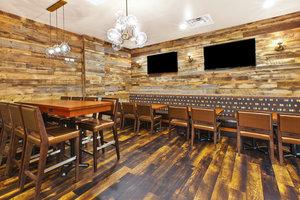 Restaurant - Holiday Inn Hotel & Suites Bolingbrook