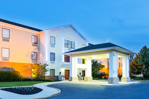 Exterior view - Holiday Inn Express Hotel & Suites Westampton