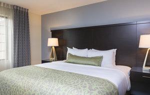 Room - Staybridge Suites Canton