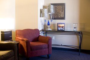 Room - Holiday Inn Hotel & Suites Lake Elmo