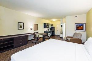 Suite - Candlewood Suites Lenexa