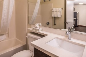- Candlewood Suites West Topeka