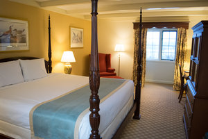 Room - Desmond Hotel & Conference Center Albany