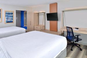 Room - Holiday Inn Express Hotel & Suites Island Lake Brighton