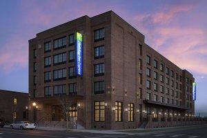 Exterior view - Holiday Inn Express Downtown Pensacola