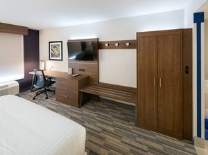 Room - Holiday Inn Express North Red Deer