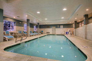 Pool - Holiday Inn Express Hotel & Suites Lincoln