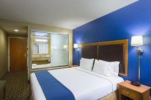 Suite - Holiday Inn Express Manhattan New York
