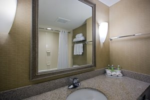 - Holiday Inn Express Hotel & Suites Flowood