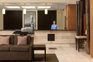 Lobby - Staybridge Suites Las Vegas