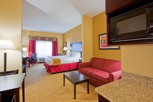 Suite - Holiday Inn Express Hotel & Suites Pensacola