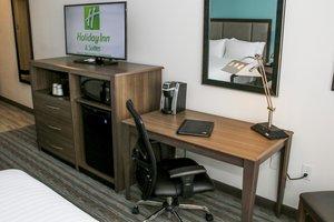 Room - Holiday Inn Hotel & Suites Centennial
