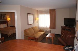 Room - Candlewood Suites O'Fallon