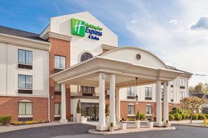 Exterior view - Holiday Inn Express Hotel & Suites Easton