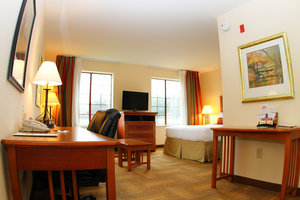 Room - Staybridge Suites Willowbrook Houston