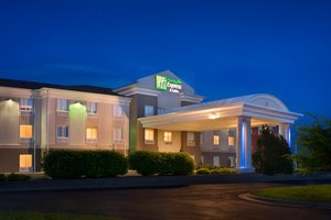 Exterior view - Holiday Inn Express Hotel & Suites Lawrence
