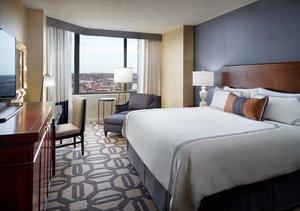 Room - Omni Hotel Richmond
