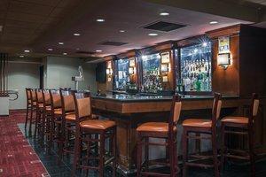 Bar - Crowne Plaza Hotel Newark Airport Elizabeth