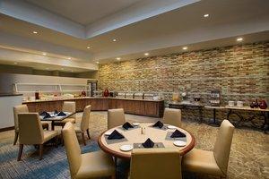 Restaurant - Crowne Plaza Hotel San Pedro