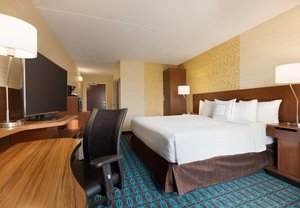 Room - Fairfield Inn by Marriott King of Prussia
