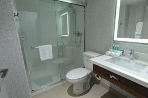 - Holiday Inn Express Hotel & Suites Airport West Mississauga