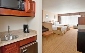 Suite - Holiday Inn Express Germantown