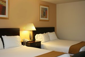 Room - Holiday Inn Express Germantown