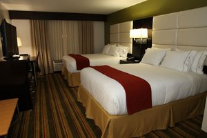 Room - Holiday Inn Express Hotel & Suites Madison