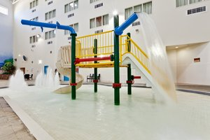 Pool - Holiday Inn Lethbridge