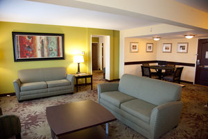 Suite - Holiday Inn Gurnee Convention Center