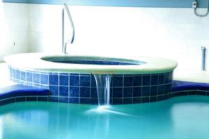 Holiday Inn Express Hotel Suites Hixson Tn See Discounts