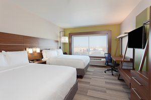 Room - Holiday Inn Hotel & Suites Brigham City