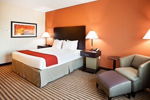 Room - Holiday Inn Express Hotel & Suites Matthews