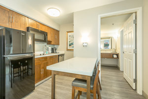 Suite - Holiday Inn Hotel & Suites Peachtree City