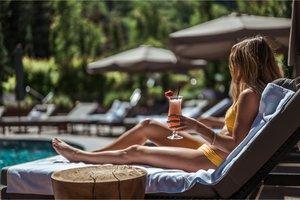 Pool - St Regis Resort Aspen