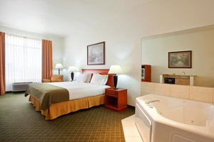 Suite - Holiday Inn Express Hotel & Suites Loves Park