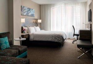 Room - Renaissance Hotel by Marriott Downtown City Center Denver