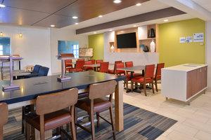 Restaurant - Holiday Inn Express Stevens Point