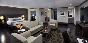 Room - Crowne Plaza Hotel Natick