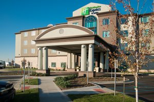 Exterior view - Holiday Inn Express Hotel & Suites Airport KC