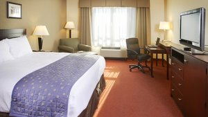Room - Holiday Inn Hotel & Suites West Des Moines