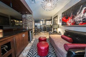 Room - Holiday Inn Club Vacations Las Vegas