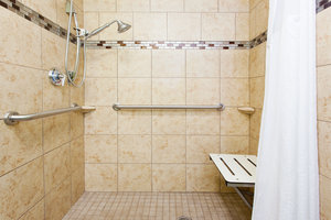 - Holiday Inn Express Hotel & Suites East Rome