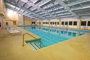 Pool - Holiday Inn Club Vacations at Ascutney Mountain Resort